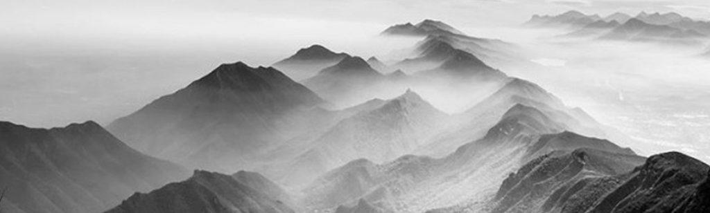 ``Cúspides y valles``